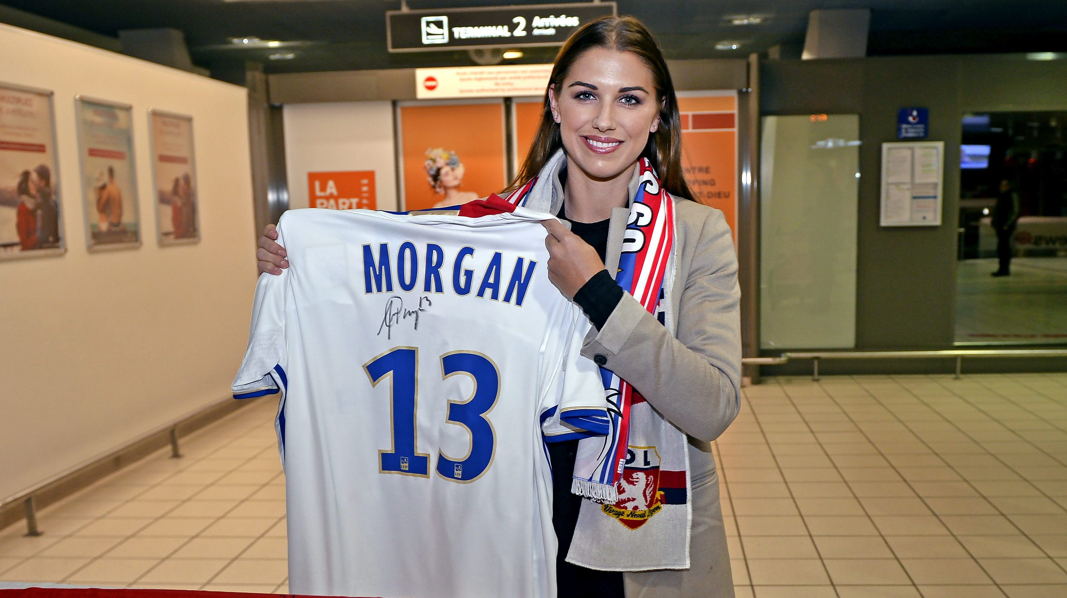on sale 4d0e9 c1c92 USWNT: Alex Morgan And The Great French Adventure